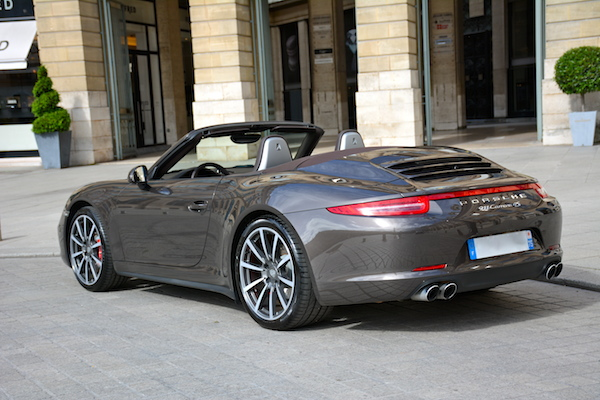 location porsche 911 carrera 4s cabriolet aeroport