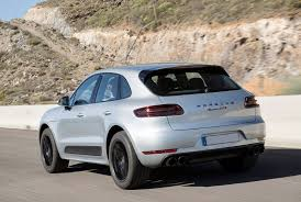 location porsche macan gtp aéroport